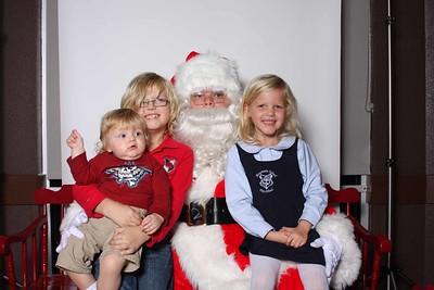 Santa_at_CFA_0024