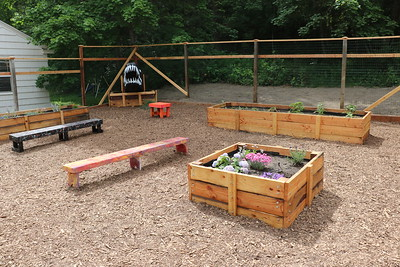 US May Term Garden 5-25 to 6-6-17