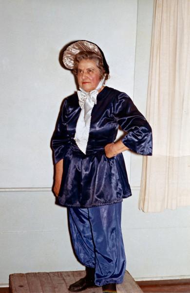 Amelia Bloomer, 2