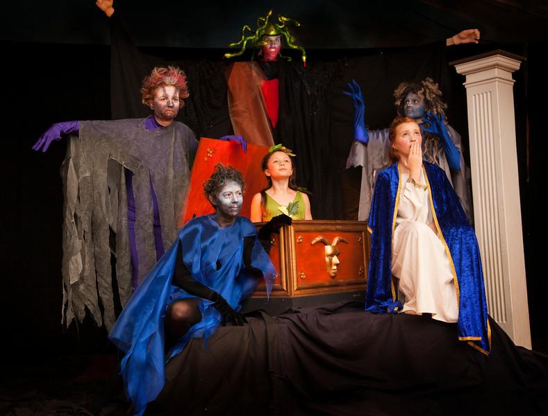 Pandora's Box<br /> Perry Wilson; Linda DeGeus; Meghan Schelzi; Bridget Schelzi; Cheryl Thurman; Sarah DeGeus