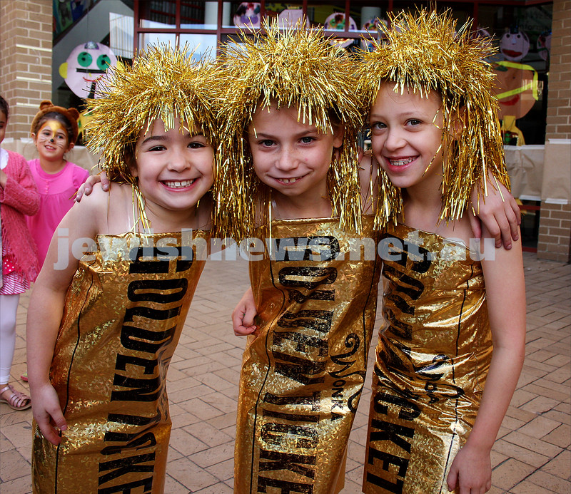 Purim 2010. Mt Scopus. Gandel Besen House. From left: Elli Hazan, Ella Stiebel, Ella Fulop. Photo: Peter Haskin.
