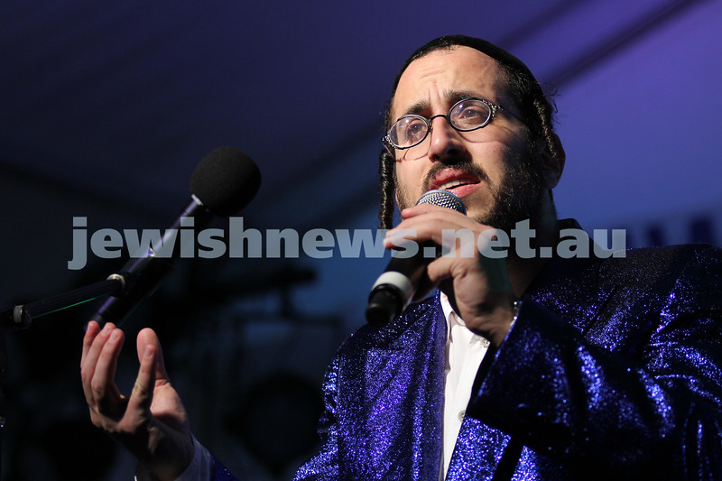 5-12-10. Chanukah in the Park. Lipa Schmeltzer. Photo: Peter Haskin