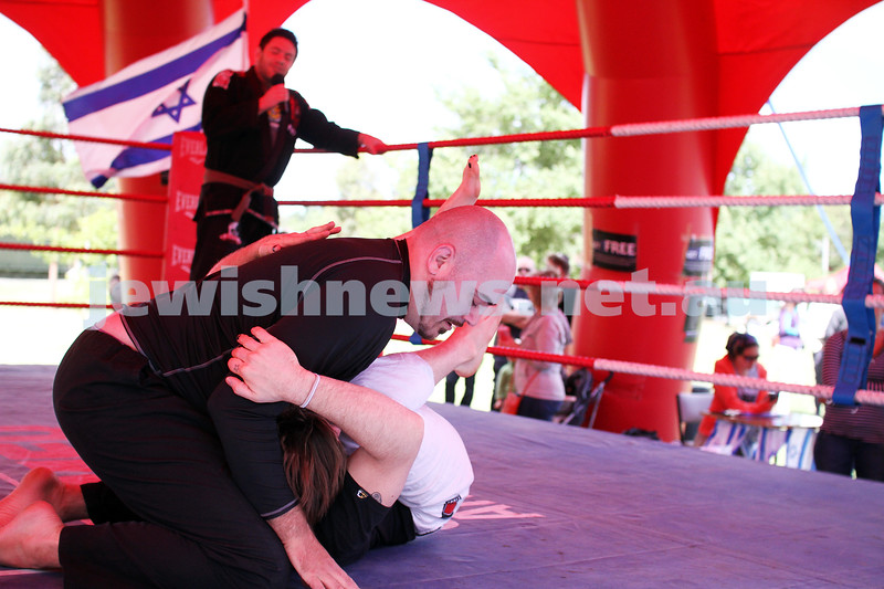 9-12-12. Chanukah in the Park 2012. Caulfield Park. IDF Krav Magar demonstration. Photo: Peter Haskin