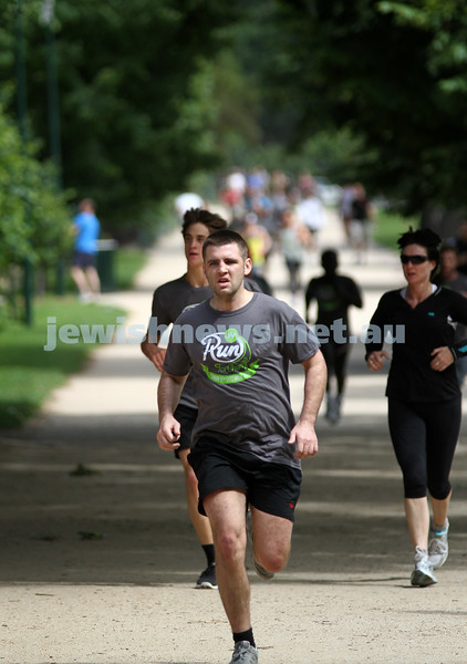 "4-12-11. Jewish Aid Australia held there ""Run for Change""  around Melbourne's Botanical Gardens to raise money to help create positive social change. Photo: Peter Haskin"