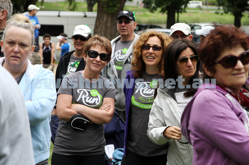 4-12-11. Jewish Aid Australia held there Run for Change day around Melbourne's Botanical Gardens to raise money for creating social change. Photo: Peter Haskin