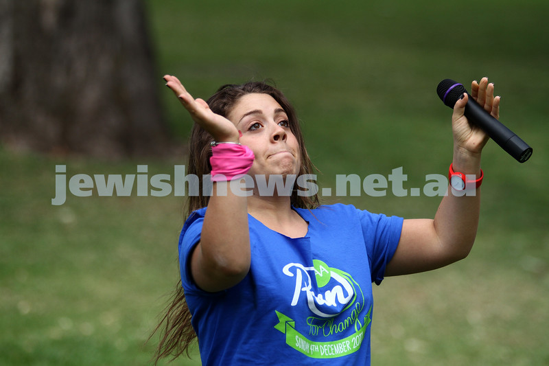 """4-12-11. Jewish Aid Australia held there """"Run for Change""""  around Melbourne's Botanical Gardens to raise money to help create positive social change. Photo: Peter Haskin"""