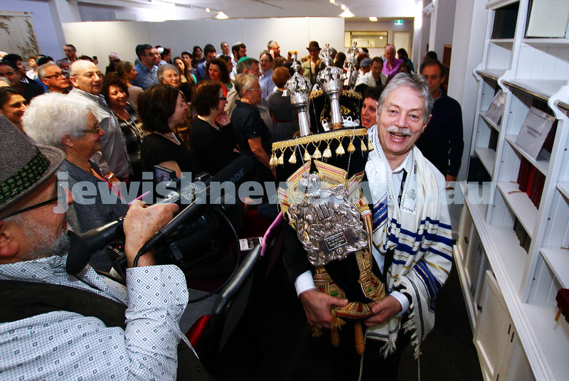 1-9-13. Kehilat Nitzan Concervative (Masorti). New synagogue dedication. Photo: Peter Haskin