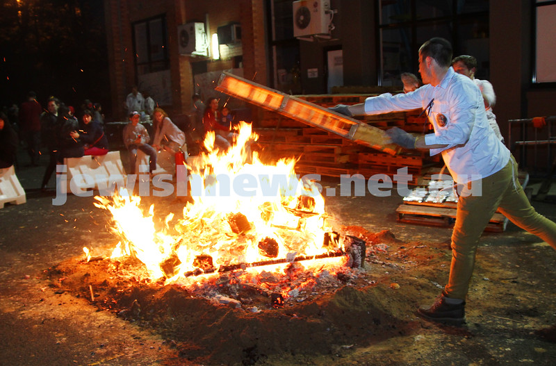 28-4-13. Lag B'Omer festival at Mizrachi.  Photo: Peter Haskin