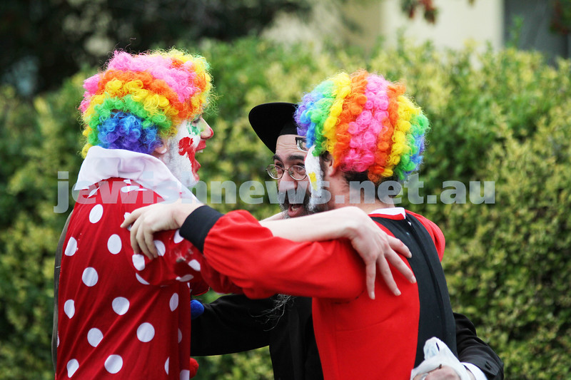 22-5-11. Chabad Youth Lag B'omer Parade 2011. Celebrating and dancing along Hotham Street.  Photo: Peter Haskin