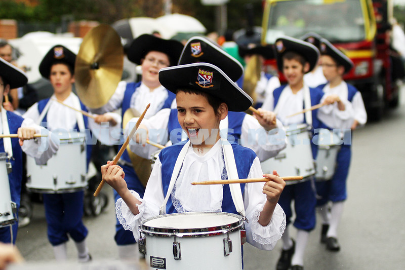 22-5-11. Chabad Youth Lag B'omer Parade 2011. The Tzivos Hashem drumming band. Photo: Peter Haskin