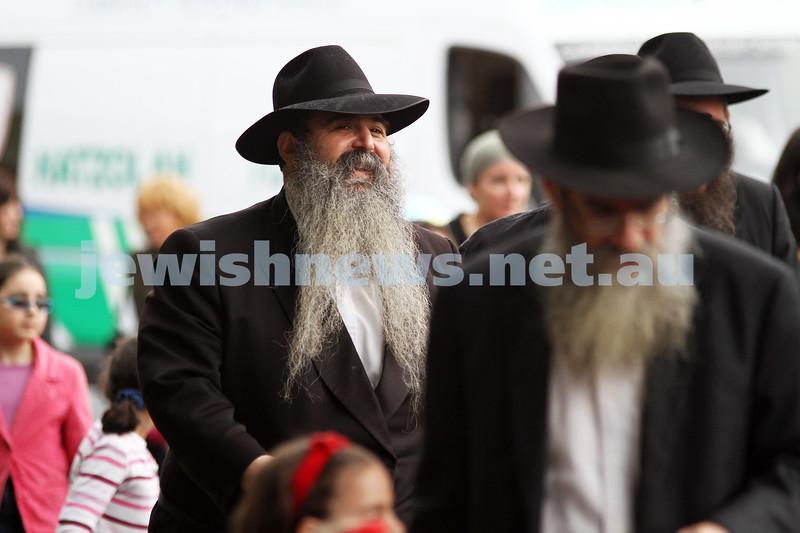 22-5-11. Chabad Youth Lag B'omer Parade 2011. Rabbi Chaim Zvi Groner. Photo: Peter Haskin
