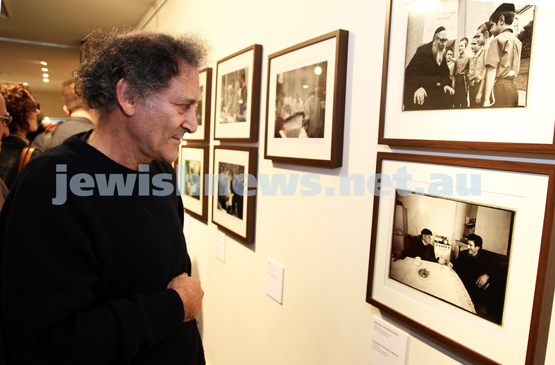 "17-7-11. Opening of the Lex Mrocki ""Seen and Unseen"" photographic exhibtion at Melbourne's Jewish Museum. Arnold Zable. Photo: Peter Haskin"