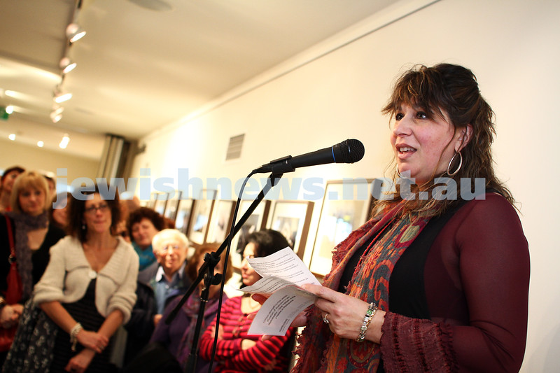 """17-7-11. Opening of the Lex Mrocki """"Seen and Unseen"""" photographic exhibtion at Melbourne's Jewish Museum. Freydi Mrocki. Photo: Peter Haskin"""