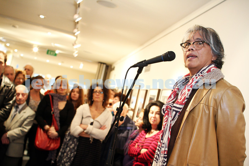 """17-7-11. Opening of the Lex Mrocki """"Seen and Unseen"""" photographic exhibtion at Melbourne's Jewish Museum. Emmanuel Santos. Photo: Peter Haskin"""