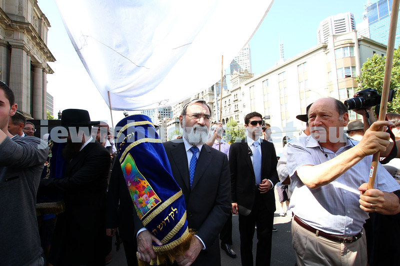 29-1-12. East Melbourne Hebrew Congregation. Double Torah dedication at Queens Hall, Parliament House, Victoria with Chief Rabbi Lord Jonathan Sacks in attendance. Procession from Parliament House to EMHC in Albert Street. Photo: Peter Haskin.