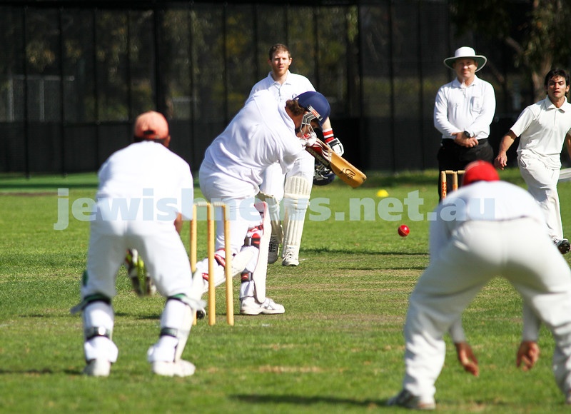 9-10-11. Maccabi Cricket v RMIT. Benji Jones. Photo: Peter Haskin
