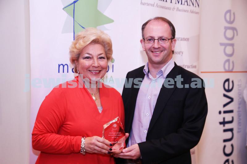 19-5-13. Maccabi Victoria Awards 2013. Outstanding Jewish masters sportswoman. Gail Nadelman, Jamie Hyams. Photo: Peter Haskin