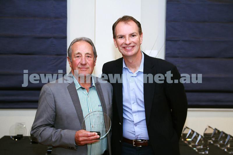 19-5-13. Maccabi Victoria Volunteer Awards 2013. Golf Club. . Nick Swart (left), David Southwick. Photo: Peter Haskin