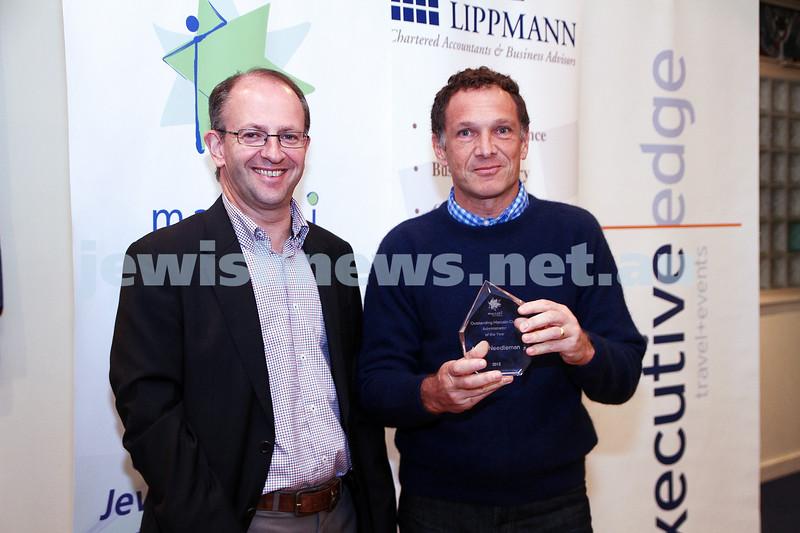 19-5-13. Maccabi Victoria Awards 2013. Outstanding Maccabi Club Administrator. Jamie Hyams (left), Adam Needleman. Photo: Peter Haskin