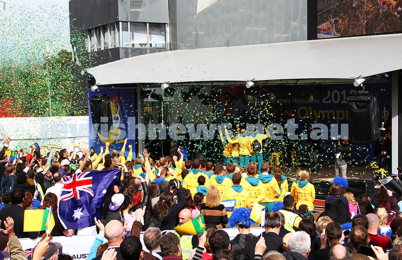 22-8-12. A packed Federation Square in Melbourne welcomes home Australia's medalists from the London 2012 Olympics. Photo: Peter Haskin
