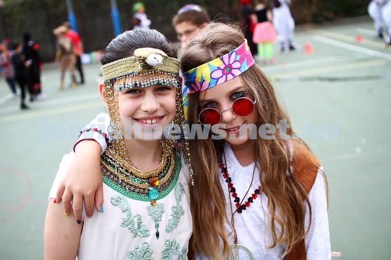 Leibler Yavneh College. Purim 2013. Simi Wittenberg (left), Hallel Gleiser. Photo: Peter Haskin