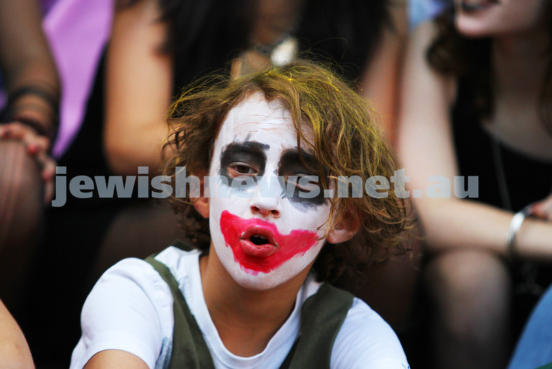 25-2-13. Bialik Purim. . Photo: Peter Haskin