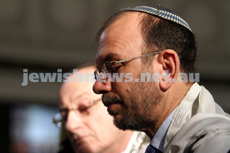 14-8-11. Induction of Rabbi Yaakov Glasman as Chief Minister of St Kilda Hebew Congregation. Rabbi Ralph Genende. Photo: Peter Haskin