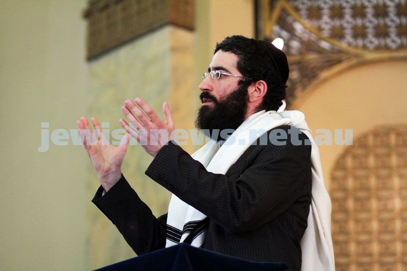 14-8-11. Induction of Rabbi Yaakov Glasman. Rabbi Yaakov Glasman gives his first sermon as the new Chief Minister of St Kilda Hebrew Congregation. Photo: Peter Haskin