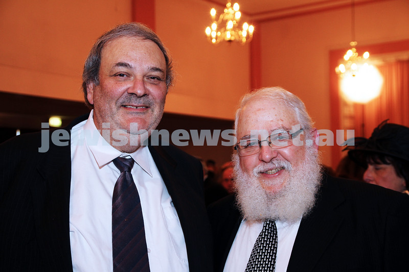 14-8-11. St Kilda Shul. Induction of Rabbi Yaakov Glasman. Robert Weil (left), Rabbi Philip Heilbrunn. photo: Peter Haskin