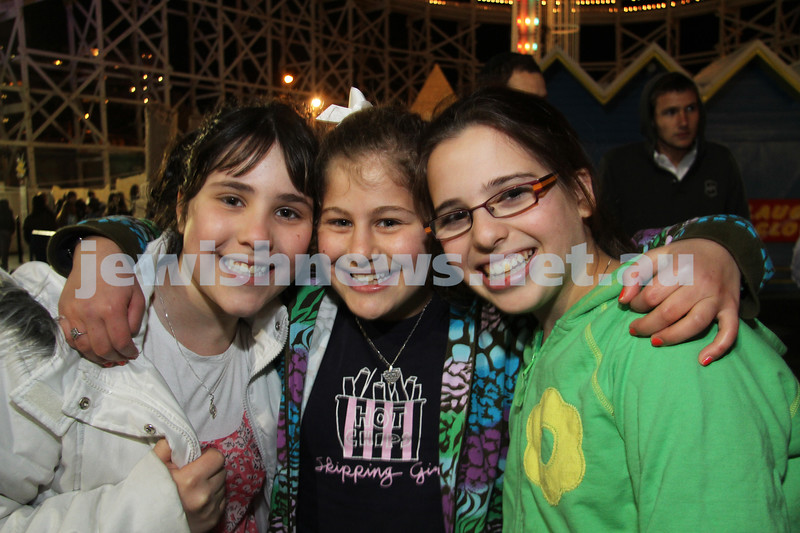 27-9-10. Chabad Youth annual Succot at Luna Park. From left: Chaya Gutnick, Chavi Block, Nechama Rapp. Photo: Peter Haskin
