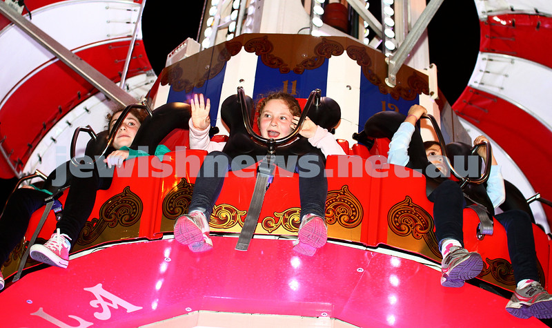 23-9-13. Chabad Youth annual Succot celebration at Luna Park. Photo: Peter Haskin