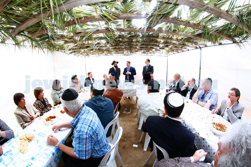 24-9-13. Succot in the Melbourne CBD. Chabad of Melbourne hosting lunch in their succah in the City Square.  Photo: Peter Haskin