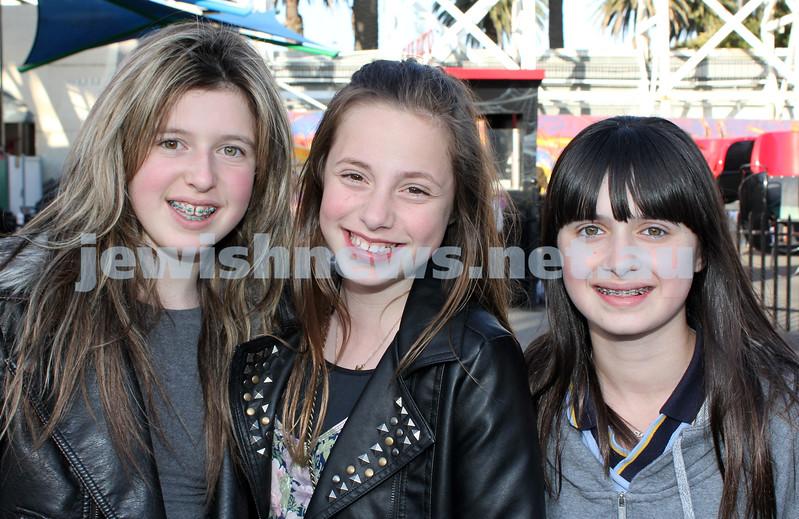 17-10-11. Sukkot at Luna Park. Gigi Dauis, Ariela Reyzis, Rosie Burd. Photo: Lochlan Tangas