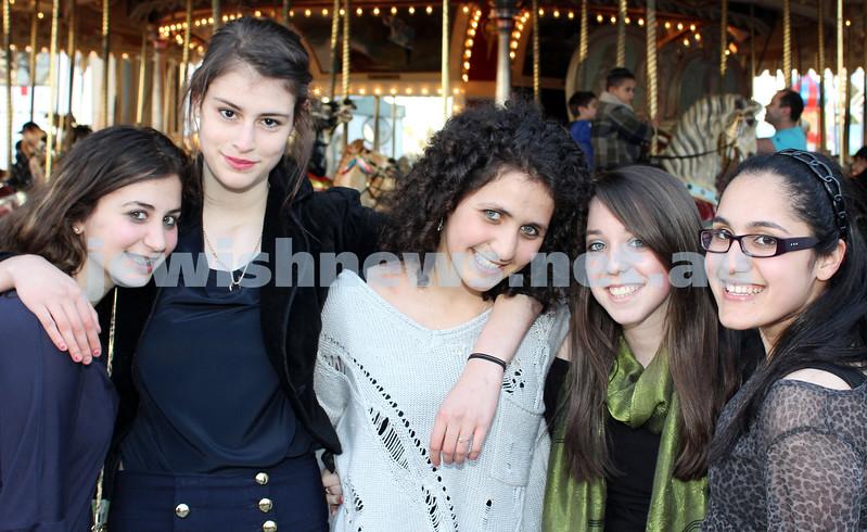 17-10-11. Sukkot at Luna Park. Jessie Israel, Becky Litwin, Sara Kaltwoun, Tali Schwartz, Sari Hadad. Photo: Lochlan Tangas