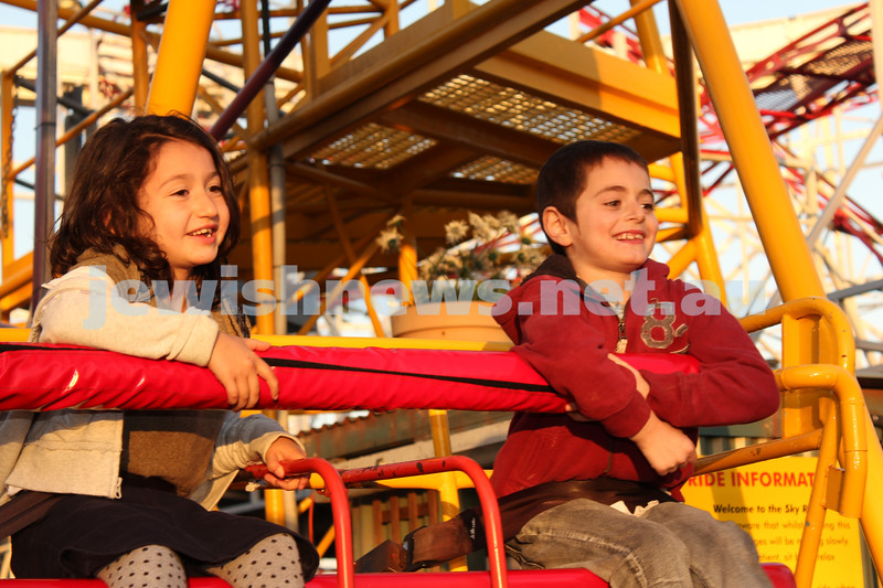 17-10-11. Sukkot at Luna Park. Photo: Lochlan Tangas