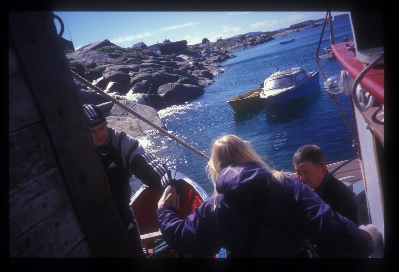Here we disembark at Iliminaq.