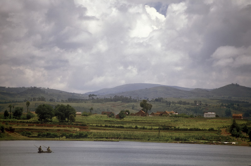We drove right into and straight out of Antsirabe, straight on to Lac Andraikiba, a beautiful clean deep blue bowl free from crowds except for kids. A canoe with two men paddled silently toward the center of the lake.