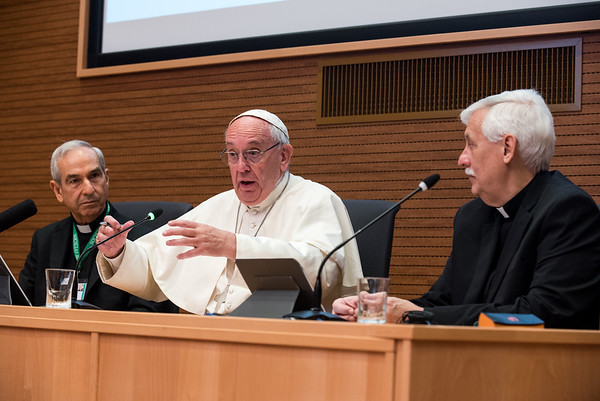 Pope Francis visits delegates of General Congregation 36. Photos by Don Doll, SJ  and Itua Egbor, SJ