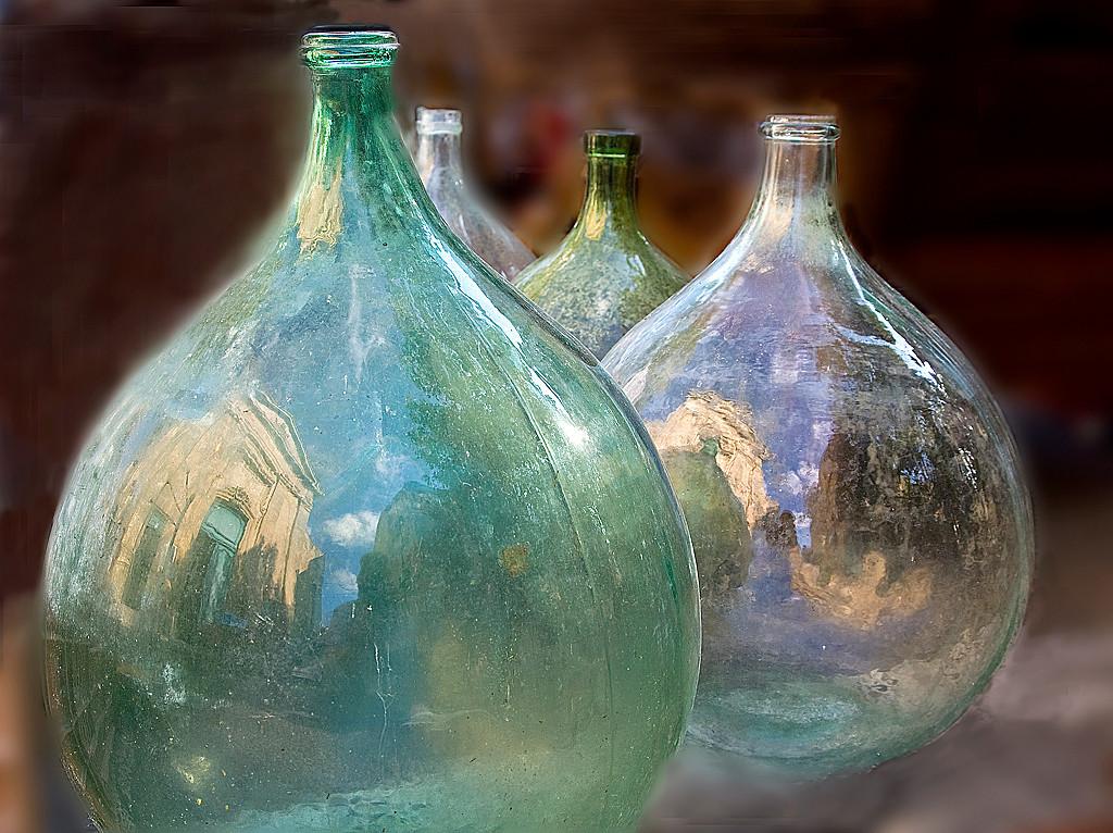 Blue Ribbon<br /> Advanced Color Class<br /> Wine Flasks<br /> Carol Williamson