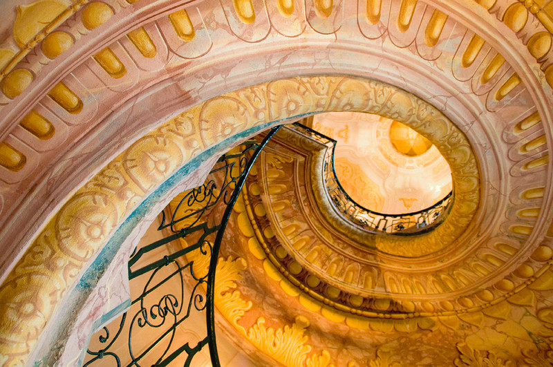 Second Place (Tie)<br /> Palace Staircase<br /> Ed Cohen