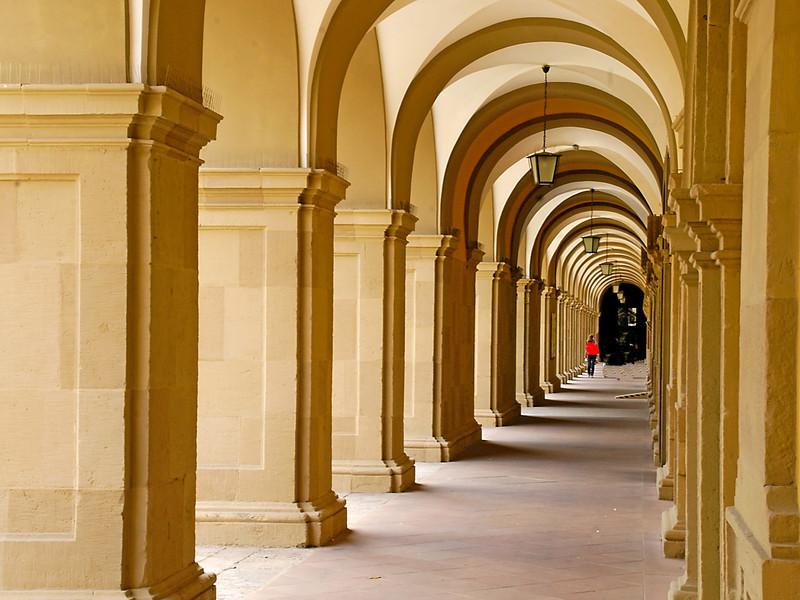 Second Place (Tie)<br /> Strolling Under the Arches<br /> Ken Rathjen