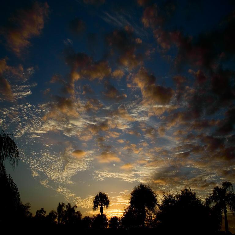 Second Place (Tie)<br /> Naples Sunset<br /> Jim Carter