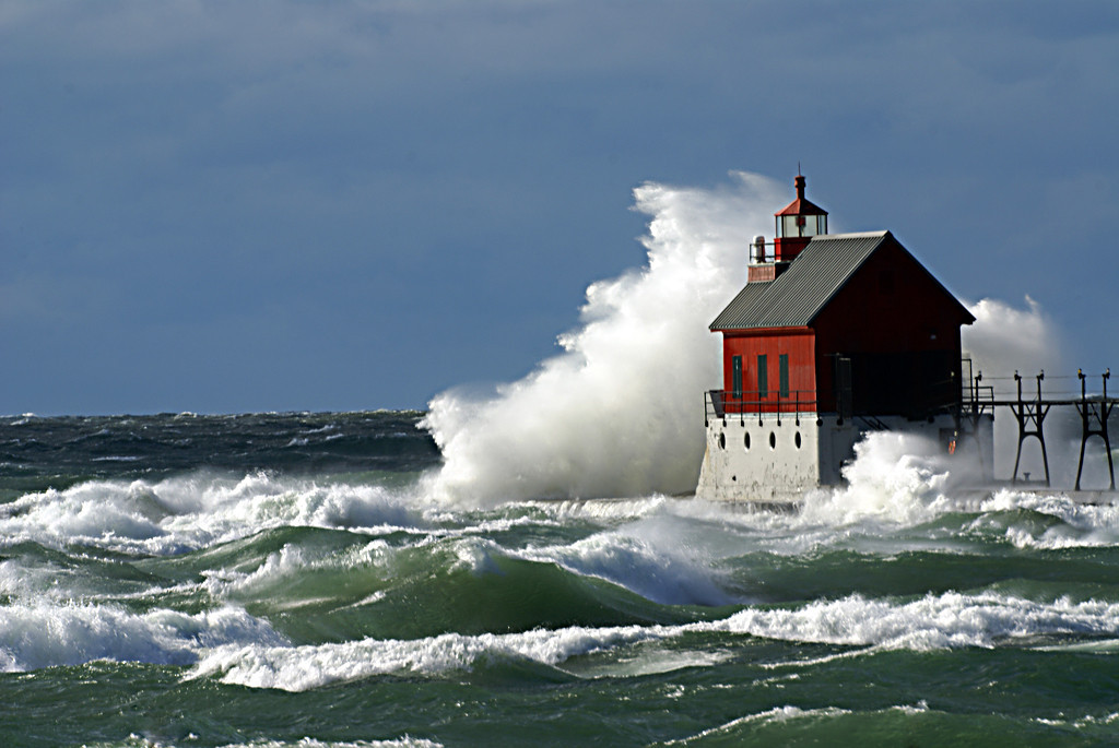Second Place in Open Class<br /> Grand Haven Lighthouse<br /> Della Landheer