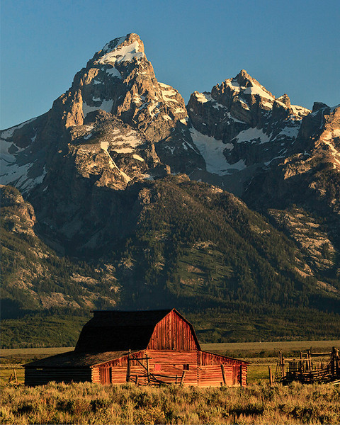 First Place<br /> Mormon Barn - Morning<br /> Dave Garrison