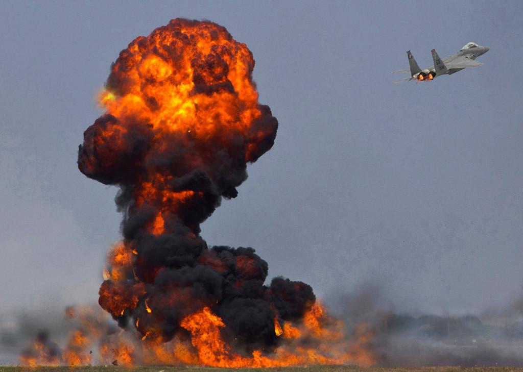 First Place (Tie)<br /> F-15 Bomb Run<br /> Bob Bachand