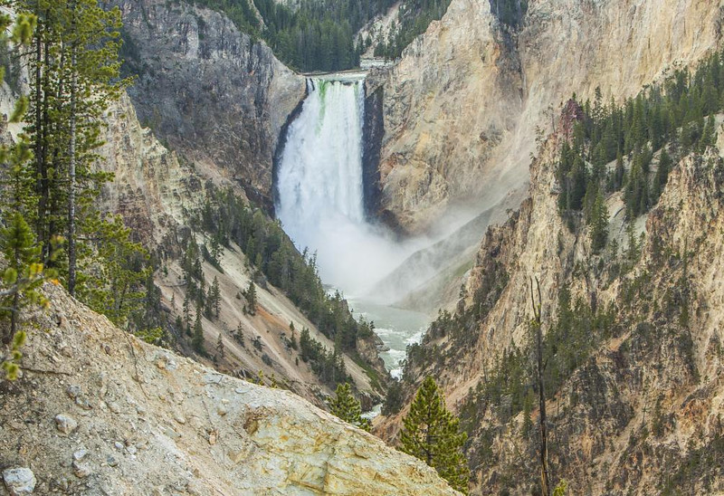 Honorable Mention (Tie)<br /> Yellowstone Falls<br /> Jim Carter