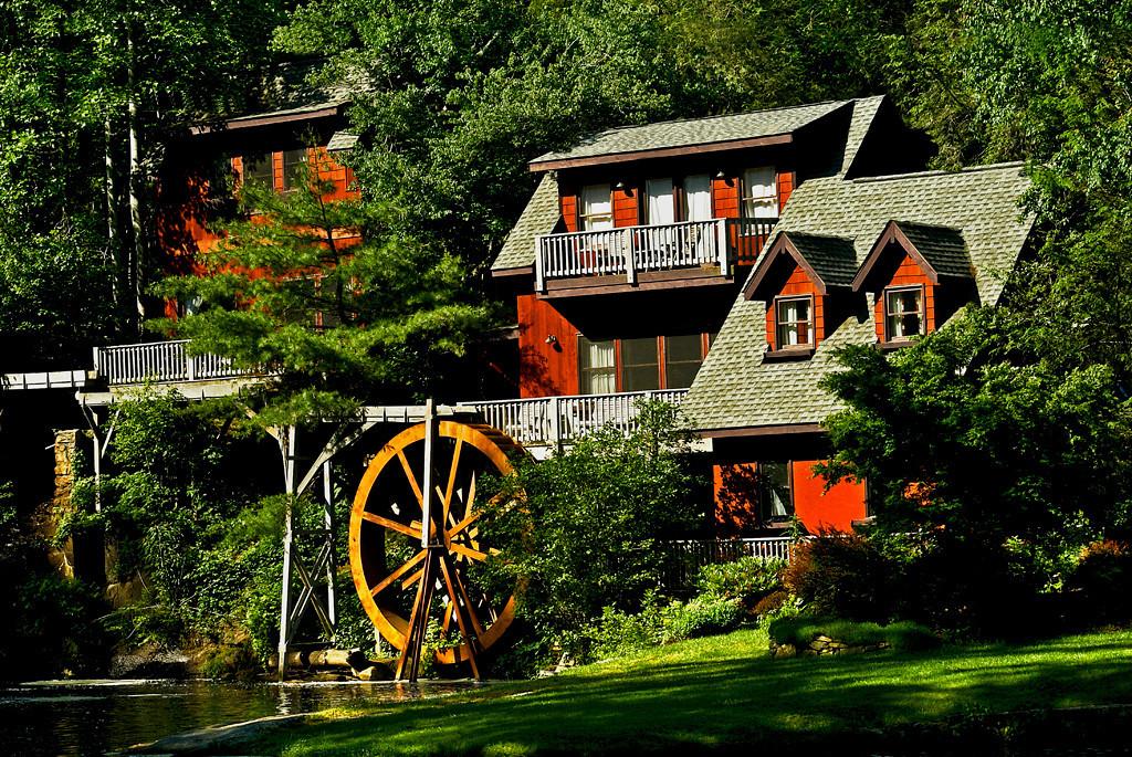 October<br /> Blue Award<br /> Color Projected Image Division<br /> Blue Ridge Mill<br /> Nancy Springer