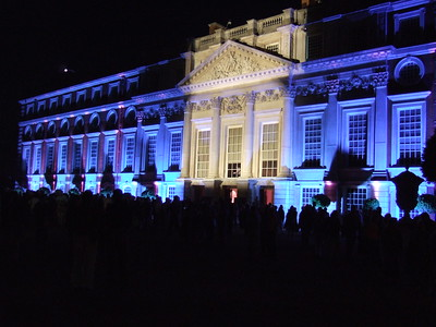 19 - Court Illuminations