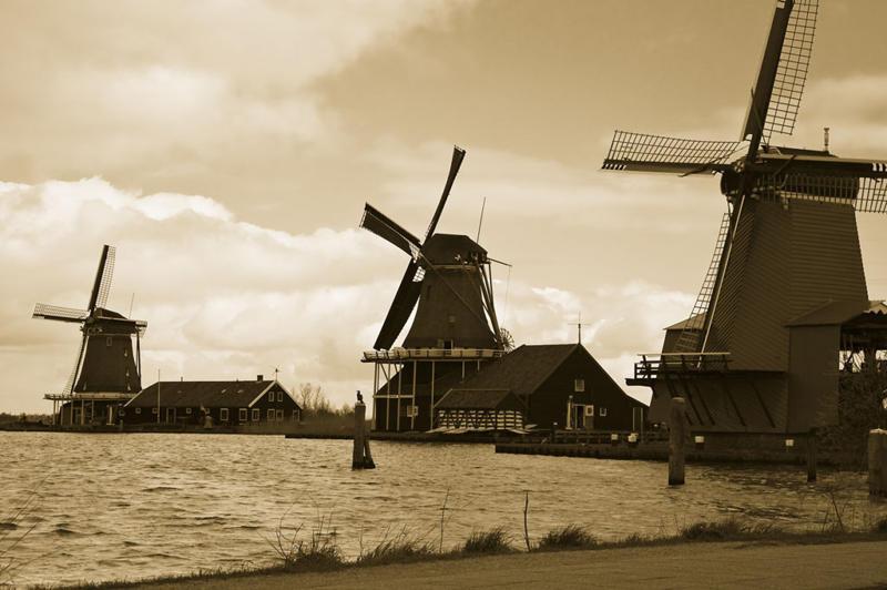 Miriam Kravis - Windmills of Holland