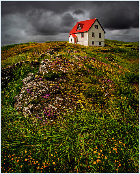 Hilltop House Iceland - Joe Rakoczy